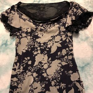 Floral Blouse in beige and navy